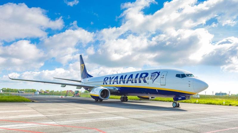 """""""Ryanair"""" pradės skraidinti iš Vilniaus į Londono Southend, paskelbė apie bilietų išpardavimą"""