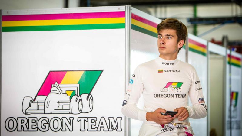 """Lietuvis startuos legendinėje Anglijos """"Silverstone"""" trasoje"""