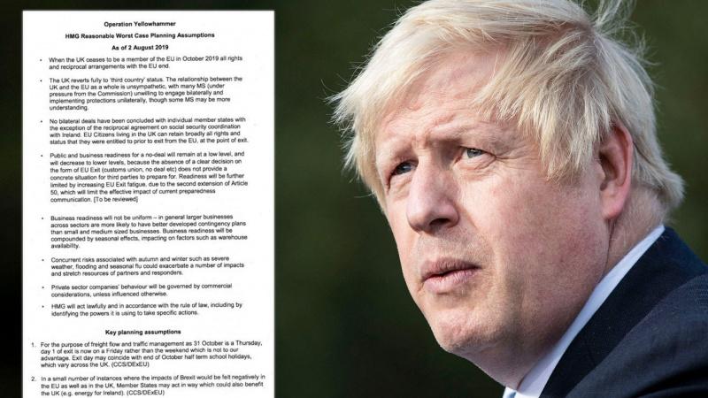 """JK vyriausybė paskelbė parlamentarų išsireikalautą pasiruošimo """"Brexit"""" be sutarties dokumentą"""