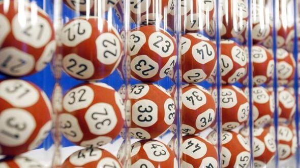 """JK laimėtas """"Euromillions"""" loterijos aukso puodas – £170 mln."""