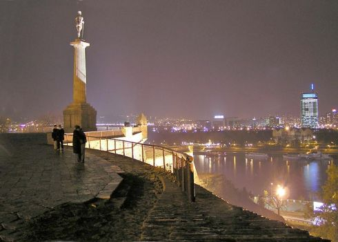 Serbijos parlamentas patvirtino proeuropietišką vyriausybę