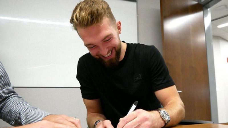 Domantas Sabonis pasirašė rekordinį Lietuvos sportui kontraktą