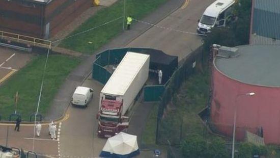 Sunkvežimio konteineryje JK rasti 39 lavonai