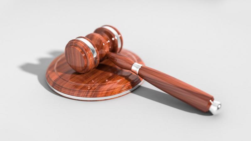 Anglijoje kitą moterį netyčia sužalojusi lietuvė išvengė kalėjimo