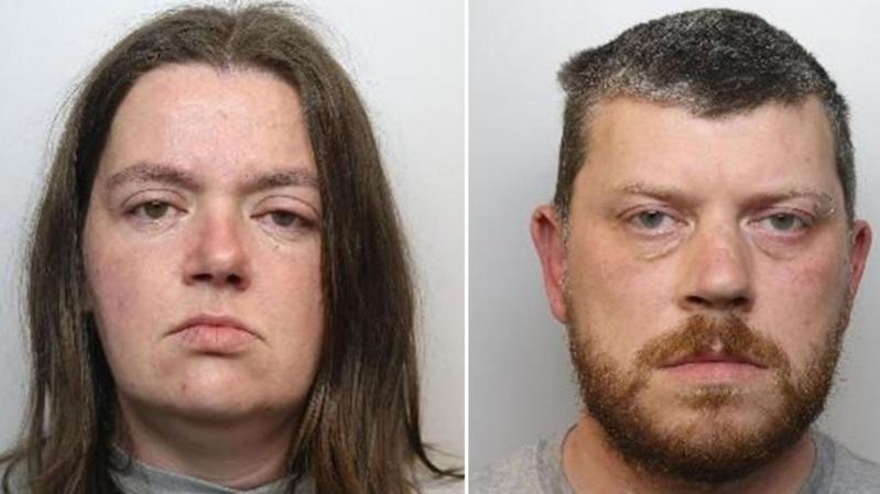 Kraujomaišoje gyvenusi britų pora nužudė du savo vaikus ir ketino nužudyti likusius keturis