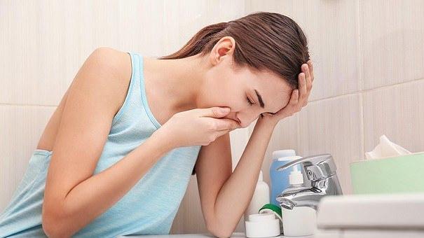 Tėvai perspėjami dėl Anglijos mokyklose siaučiančio noroviruso