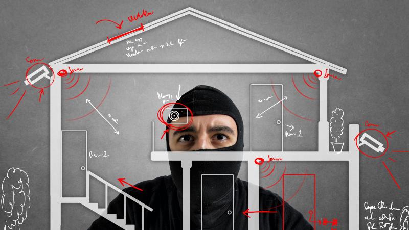 Buvę įsilaužėliai patarė, kaip apsaugoti namus nuo vagių ir kur tikrai neslėpti vertingų daiktų