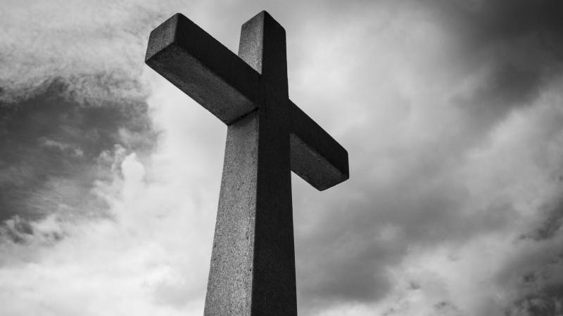 Tėvai Lietuvoje, sūnus mirė JK, iš LR ambasados – nei informacijos, nei pagalbos
