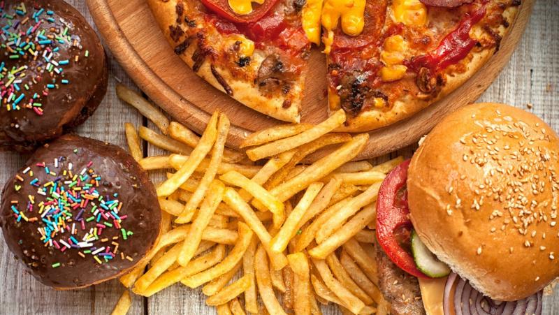 Kovai su nutukimu JK siūlomos naujoviškos maisto etiketės
