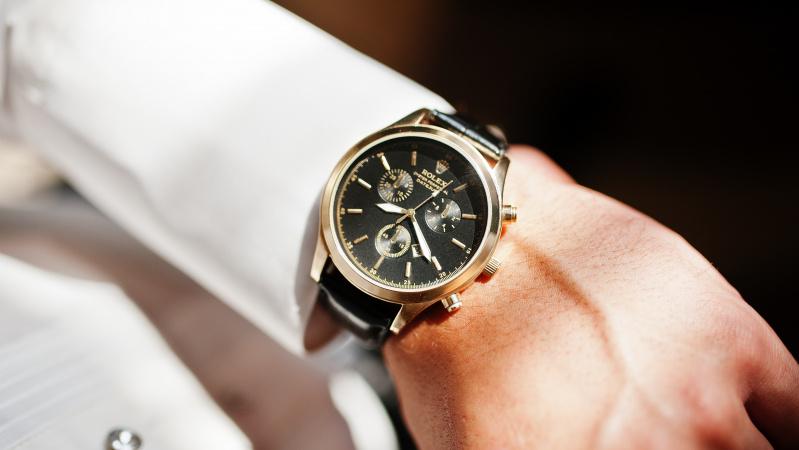 Pusė jaunų suaugusiųjų Britanijoje negali pasakyti laiko žiūrėdami į ... rodyklinį laikrodį