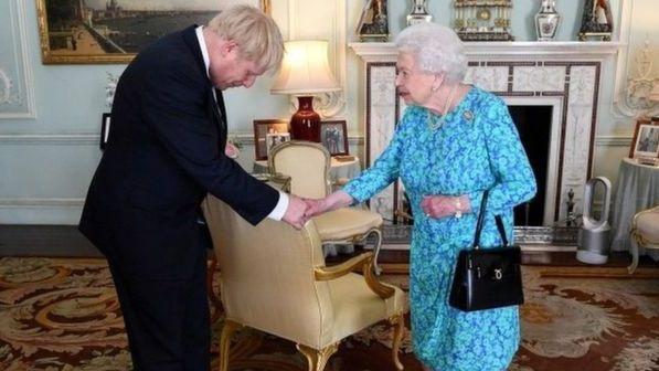 JK karalienė pristatys B. Johnsono vyriausybės programą