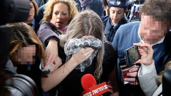 Kipre nuteista dėl grupinio išžaginimo melavusi britė