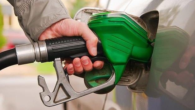 Degalų mažmenininkai yra kaltinami išnaudojantys Irano krizę kainoms kelti
