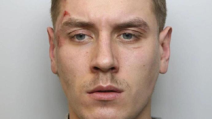 Anglijos pareigūnams narkotikų kainoraštį nusiuntęs lietuvis siunčiamas už grotų