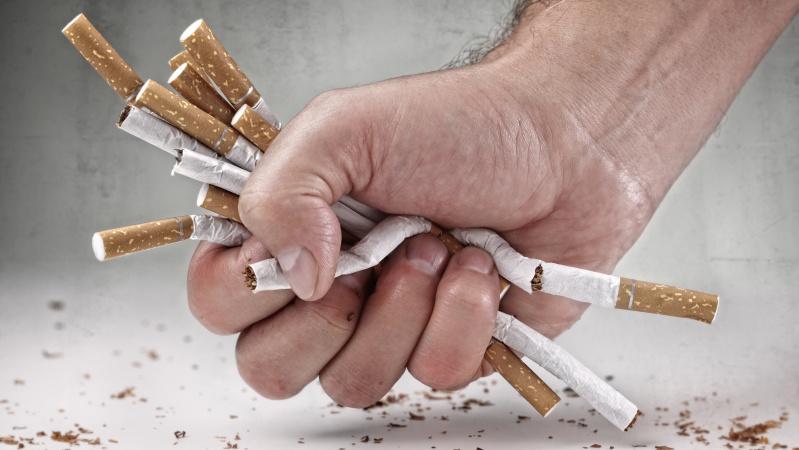 Cigarečių kontrabanda užsiėmę JK lietuviai bendrai kalės 28 metus