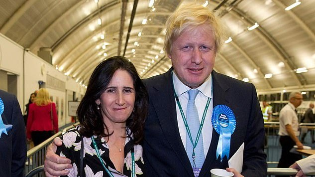 Dvejus metus su žmona negyvenantis JK premjeras pagaliau susitarė dėl skyrybų