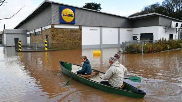 Audra Dennis: apsemtos bendruomenės perspėjamos dėl naujo lietaus