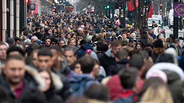 Atvykėlių į JK iš ES nepriklausančių šalių skaičius pasiekė aukščiausią lygį istorijoje
