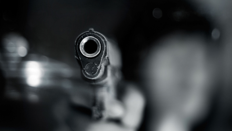 Į lietuvį JK ginklą nukreipęs girtas britas užsidirbo teistumą