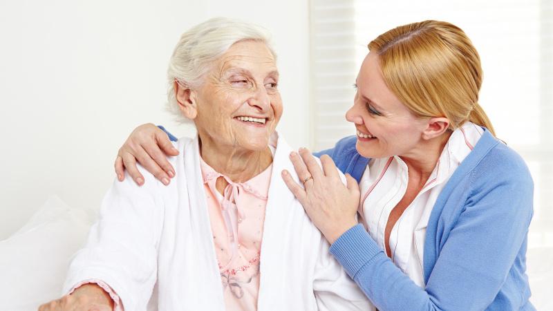 Vyresni nei 70 JK gyventojai gali būti raginami izoliuotis iki keturių mėnesių