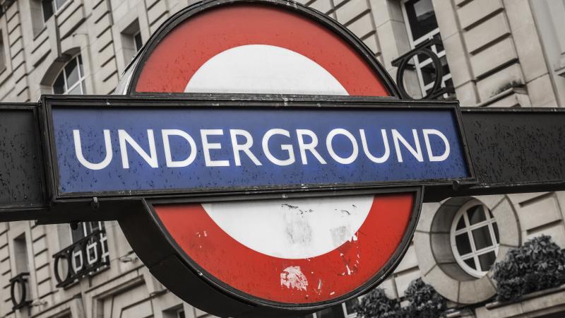 Londono viešojo transporto sistema dėl koronaviruso koreguoja darbą