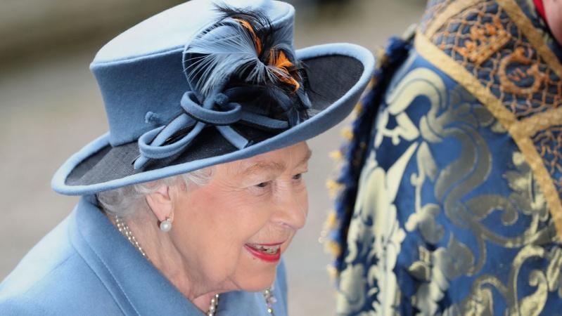 Britanijos karalienė sekmadienį kreipsis į tautą