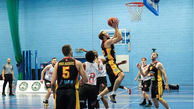 Nutrauktas sezonas atėmė iš JK lietuvių krepšininkų šansą patekti į kitą lygą