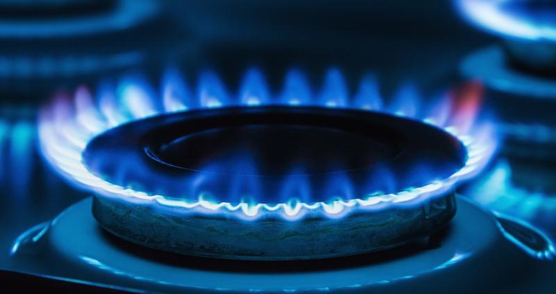 Milijonai JK gyventojų energijos tiekėjams yra permokėję net £1,7 mlrd.