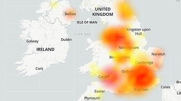 """JK sutriko """"Virgin Media"""" interneto tiekimas, tūkstančiai namų liko be interneto"""