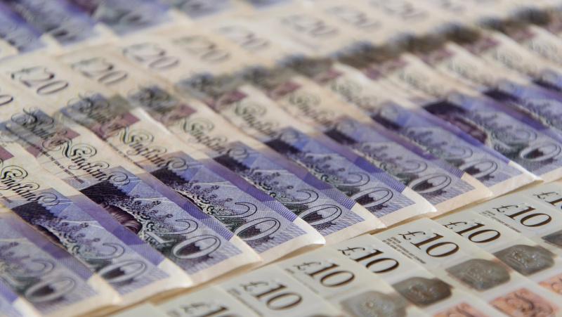 Koronavirusas JK: valdžios priemonės mokesčių mokėtojams kainuos £123 mlrd.