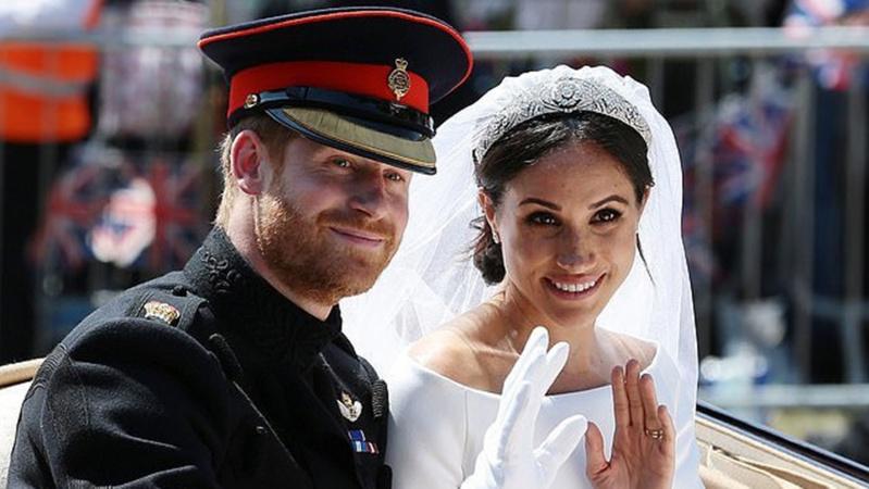 Titulų išsižadėję Meghan Markle ir princas Harry įklimpo į skolas Anglijai