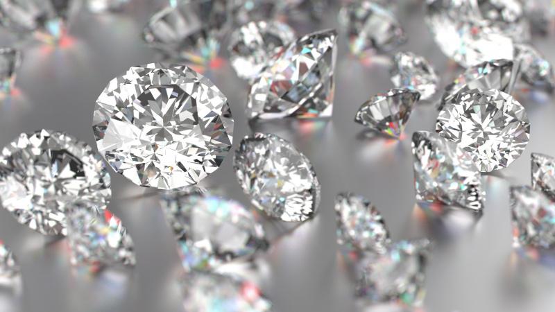 Buvęs britų turtuolio apsaugininkas lietuvis kaltinamas pavogęs pusės milijono vertą deimantą