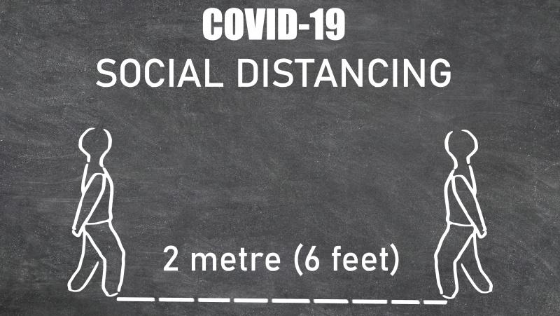 JK premjeras nurodė peržiūrėti 2 metrų atstumo taisyklę