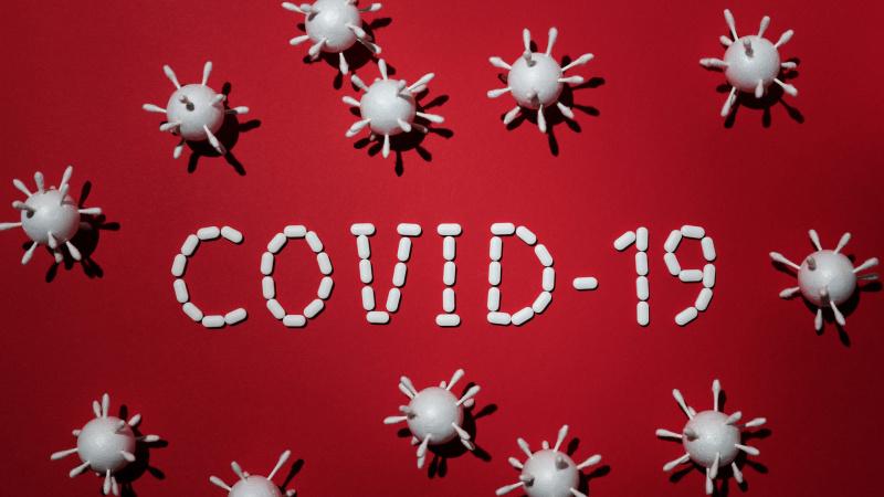 """Koronavirusas: kas yra ta """"antroji banga"""" ir ar ji atsiris?"""