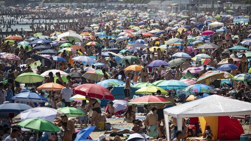 JK valdžia grasina uždaryti paplūdimius, jeigu žmonės nesilaikys socialinio atstumo