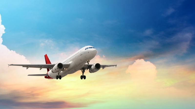 Pirmadienį po kelių mėnesių pertraukos grįžta skrydžiai Londonas-Vilnius