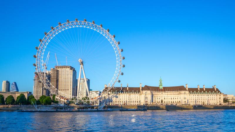 Didžiausi Londono turistų traukos centrai savaitgalį atnaujina darbą