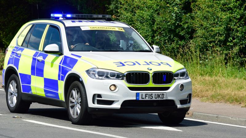 Policija Anglijos pietvakariuose dirba maksimaliu pajėgumu, iškvietimų skaičius šoktelėjo į viršų