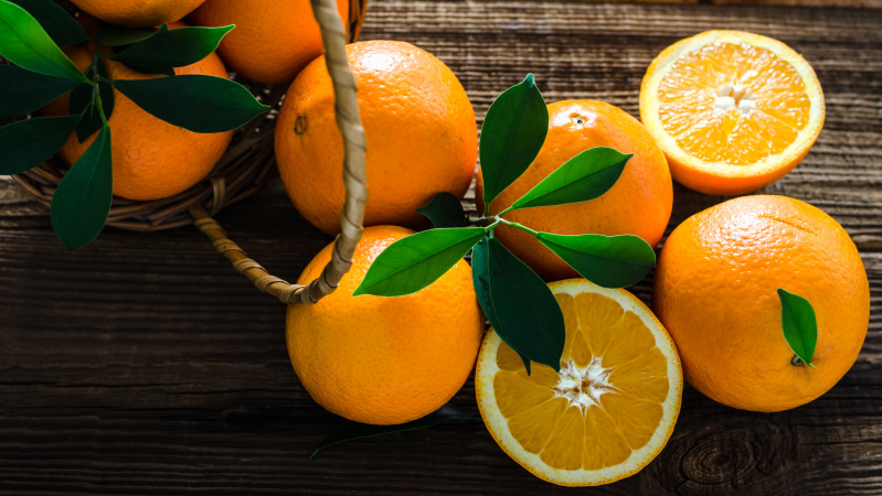 COVID-19 išgyvenusios 107 metų britės patarimas: valgykite apelsinus ir būkite dėkingi