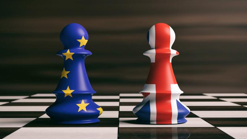 "Augant įtampai dėl ""Brexit"", JK ir ES atstovai susitinka skubioms deryboms"