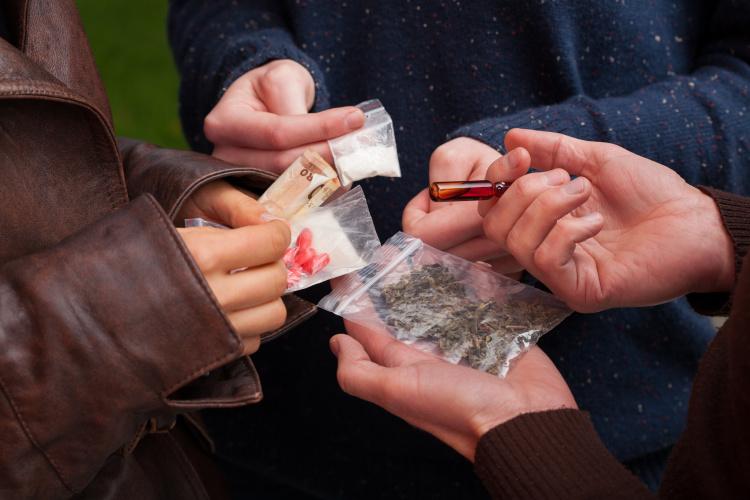 Koronavirusas JK paveikė ir ... prekybą narkotikais