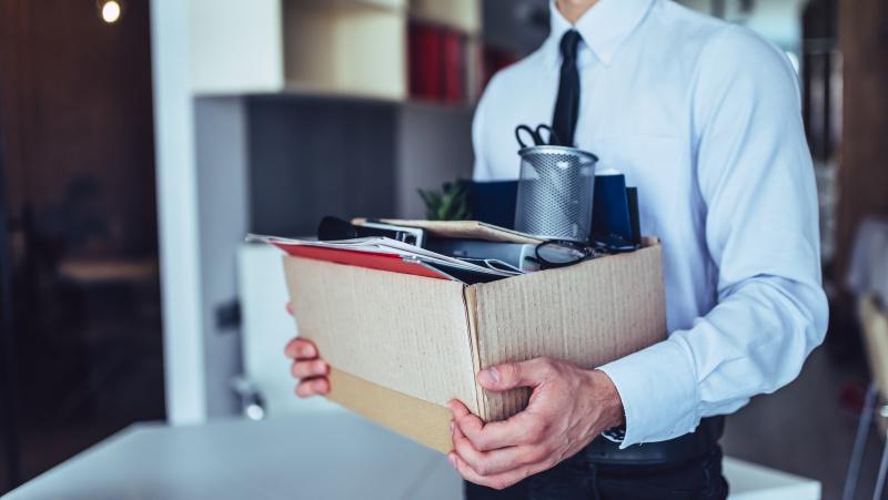 Prieškalėdinė darbų šienapjūtė JK: penktadalis darbdavių ketina atleisti iki 10 proc. žmonių