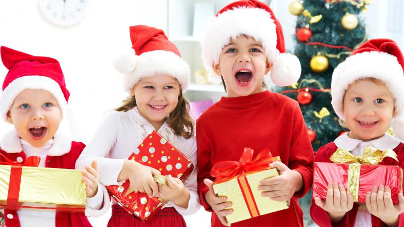 JK svarstoma įvesti karantiną prieš ir po Kalėdų, kad šeimos galėtų susitikti per šventes