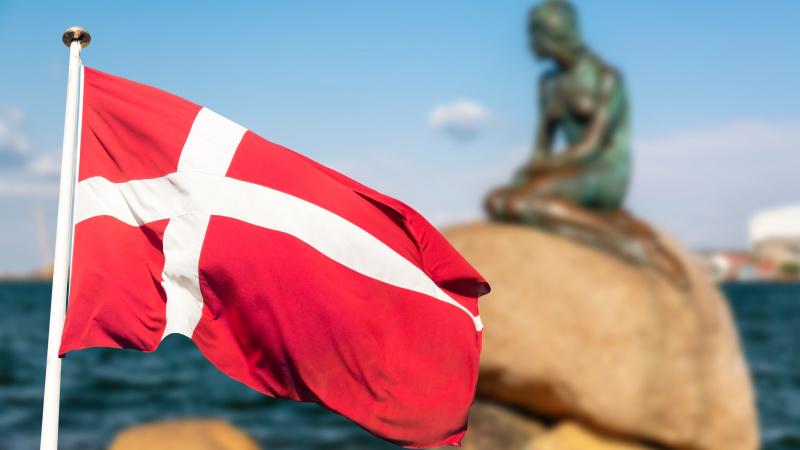 Dėl koronaviruso mutacijos audinių fermose Danija įtraukta į JK karantino šalių sąrašą