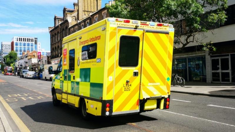 Jauna medicinos slaugė JK kaltinama mažiausiai 8 kūdikių nužudymu ir pasikėsinimais