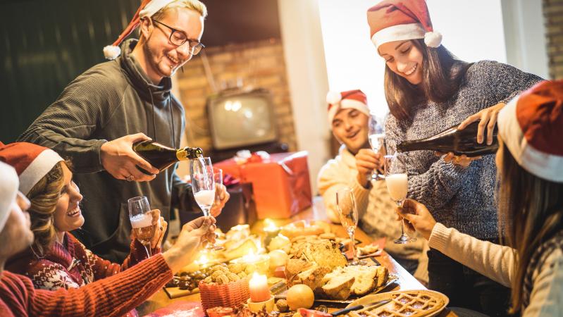 PHE atstovė: JK gyventojams gali būti uždrausta susitikti per Kalėdas net ir po karantino