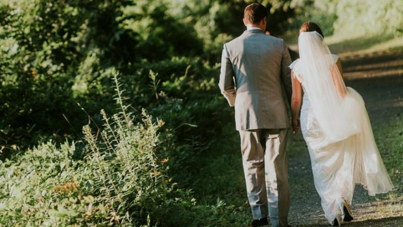 Karantino metu į vestuvių puotą susirinkę svečiai slapstėsi nuo pareigūnų
