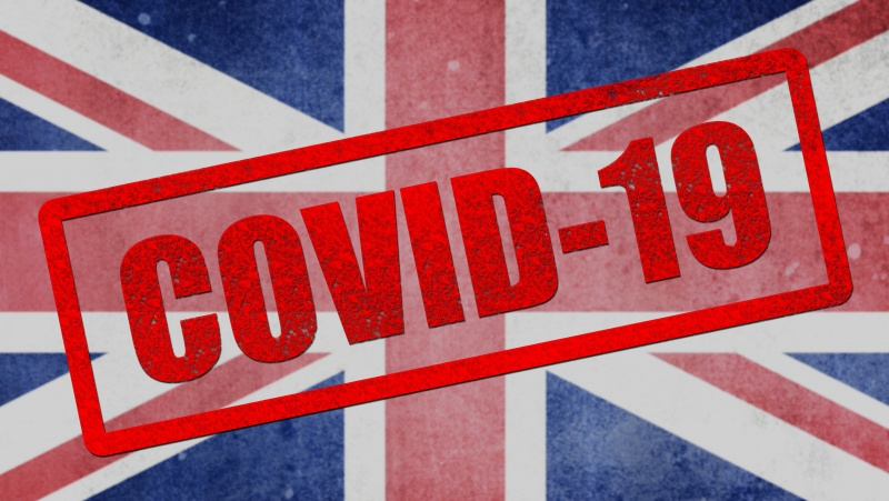 Naujausi duomenys: teigiamų COVID-19 atvejų Anglijoje sumažėjo 28 proc.