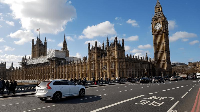 JK neatsisako minties imti mokestį iš vairuotojų už kiekvieną nuvažiuotą mylią