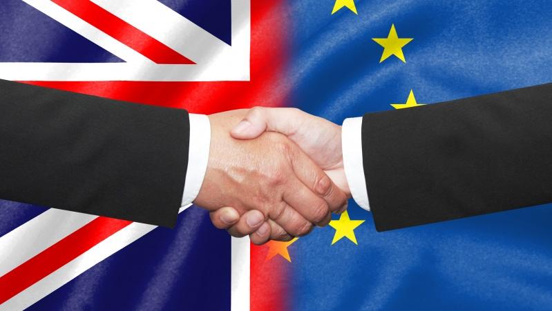 """""""Brexit"""": ES šalių ambasadoriai pritarė ES-JK prekybos susitarimui"""